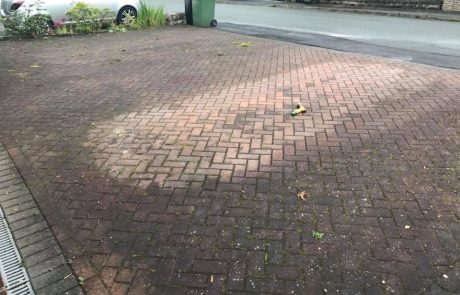 Block paved, weeds, moss, alage, pressure cleaned, jetwash